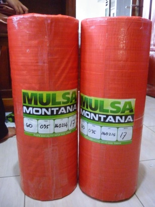 Plastik Mulsa Hitam Perak Merk Montana (2)